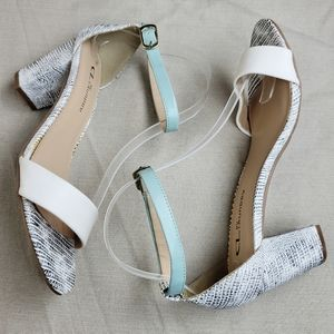 CL BY LAUNDRY Janella Ankle Strap Chunky Heels 8.5